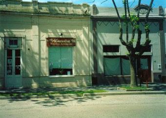 Librería de López y Talabartería De Bernardi